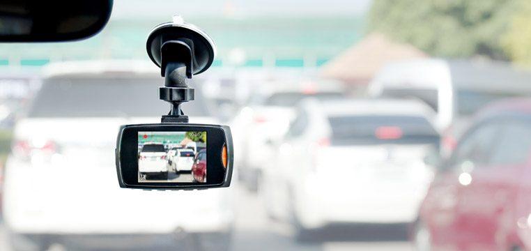 Avto kamere priskrbijo popoln dokaz o dogajanju na cesti