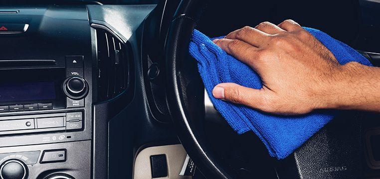 Čiščenje notranjosti avtomobila